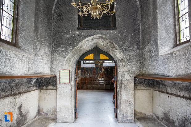 incapere-din-biserica-sf-gheorghe-1522-din-suceava-judetul-suceava.jpg