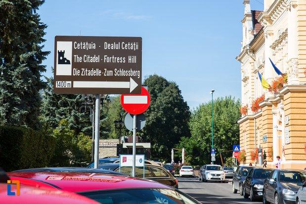 indicator-cu-cetatea-brasov-judetul-brasov.jpg