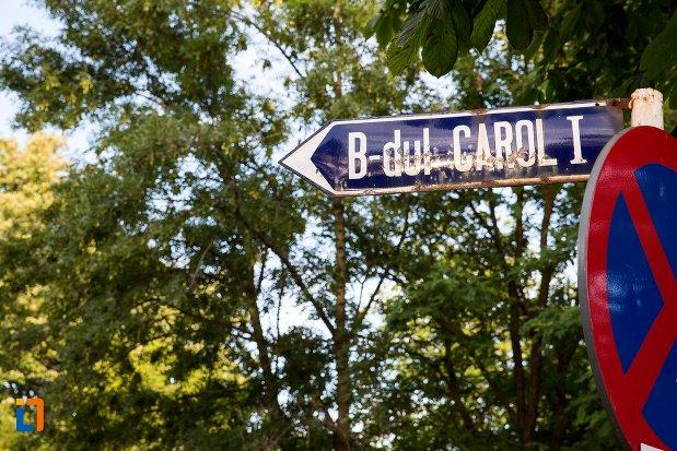 indicator-cu-strada-ansamblul-urban-regele-carol-i-din-targoviste-judetul-dambovita.jpg