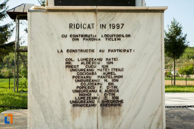 informatii-despre-monumentul-eroilor-din-ticleni-judetul-gorj.jpg