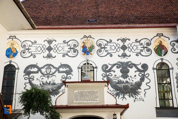 inscriptie-de-la-biserica-sf-treime-din-brasov-judetul-brasov.jpg
