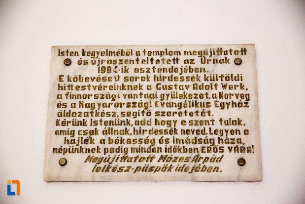 inscriptie-de-pe-biserica-evanghelica-din-1906-din-arad-judetul-arad.jpg