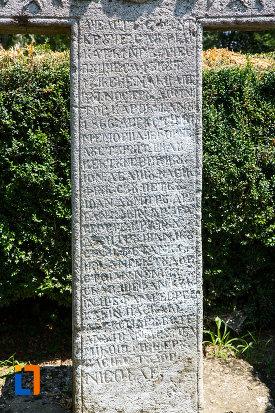 inscriptie-de-pe-cruce-de-piatra-1872-din-oltenita-judetul-calarasi.jpg