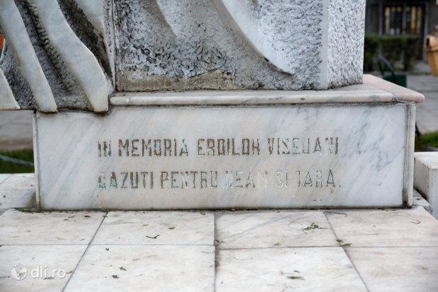 inscriptie-de-pe-monumentul-eroilor-din-viseu-de-sus-judetul-maramures.jpg