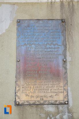 inscriptie-de-pe-monumentul-ultima-grenada-a-caporalului-constantin-musat-judetul-prahova.jpg