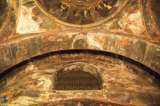 inscriptie-din-manastirea-strehaia-judetul-mehedinti.jpg