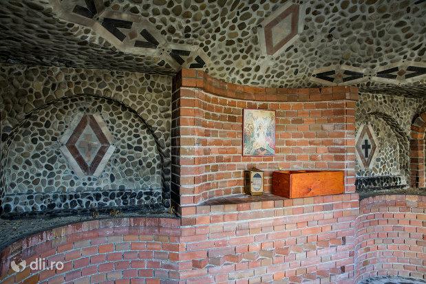 interior-cladire-din-ansamblul-manastirea-scarisoara-noua-judetul-satu-mare.jpg