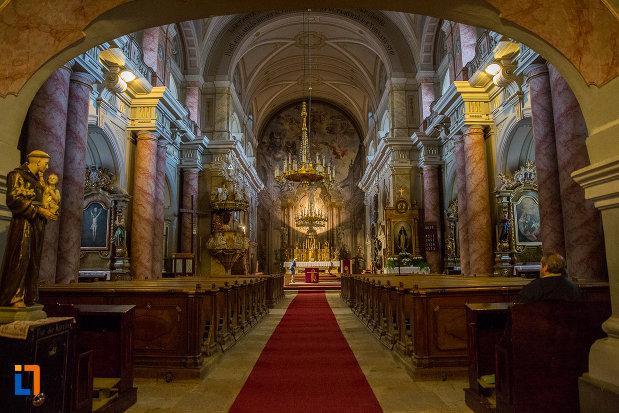 interiorul-de-la-biserica-parohiala-evanghelica-sf-maria-din-sibiu-judetul-sibiu.jpg