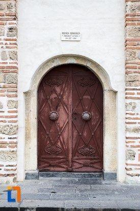 intrare-in-biserica-de-la-curtea-domneasca-din-curtea-de-arges-judetul-arges.jpg