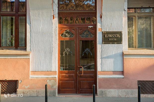 intrarea-in-baroul-de-avocati-din-oradea-judetul-bihor.jpg