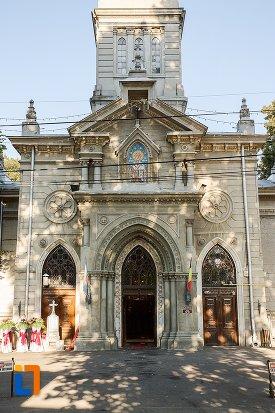 intrarea-in-biserica-sf-nicolae-din-braila-judetul-braila.jpg