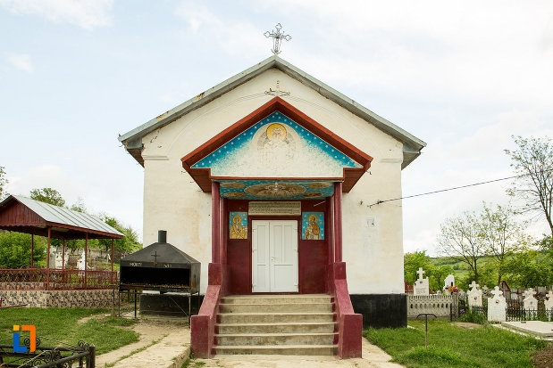 intrarea-in-biserica-sf-nicolae-din-fratostita-judetul-dolj.jpg