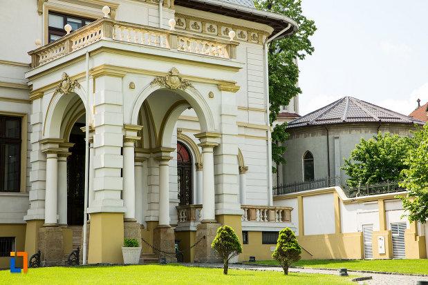 intrarea-in-casa-constantin-vladimirescu-din-craiova-judetul-dolj.jpg
