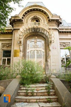 intrarea-in-casa-jean-troianos-din-braila-judetul-braila.jpg