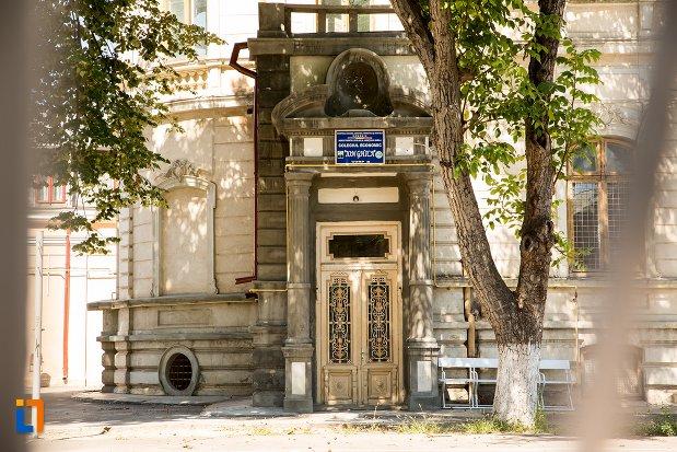 intrarea-in-casa-kistodulo-suliottis-din-braila-judetul-braila.jpg