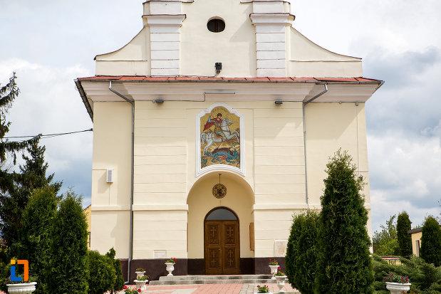 intrarea-in-catedrala-sf-gheorghe-din-caransebes-judetul-caras-severin.jpg