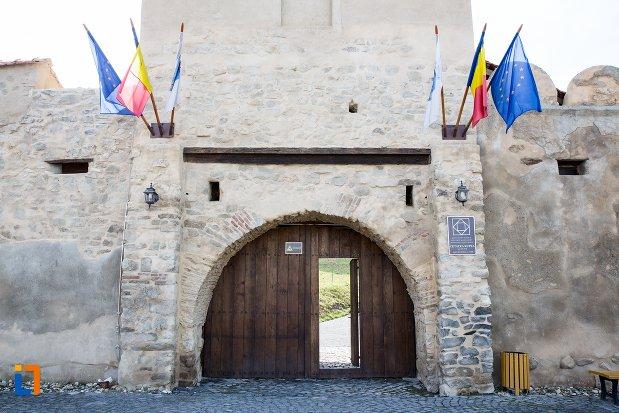intrarea-in-cetatea-rupea-judetul-brasov.jpg