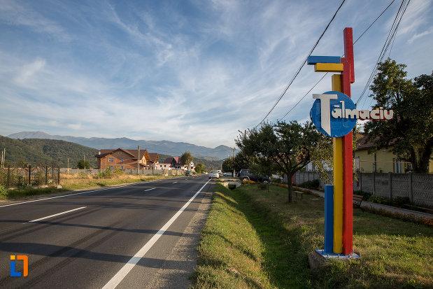 intrarea-in-orasul-talmaciu-judetul-sibiu.jpg