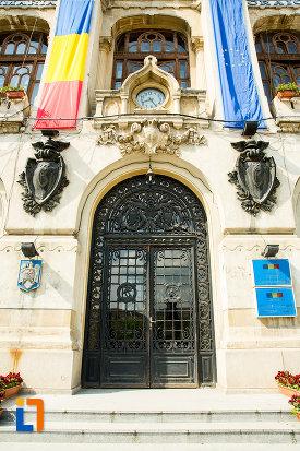 intrarea-in-primaria-din-craiova-judetul-dolj-2.jpg