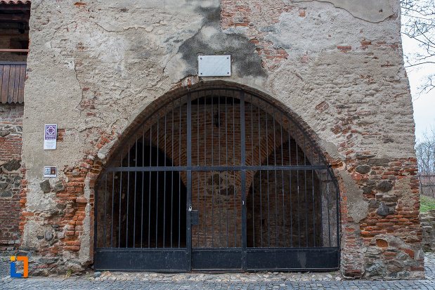intrarea-in-turnul-olarilor-din-sibiu-judetul-sibiu.jpg