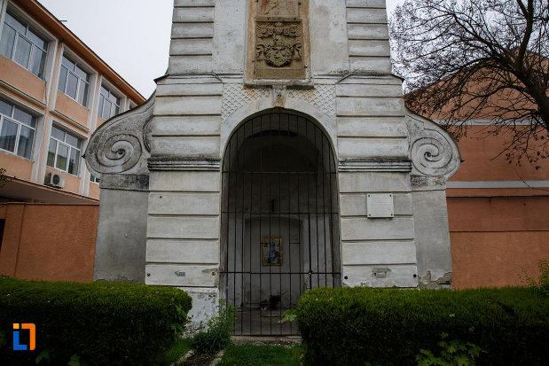 intrarea-in-turnul-sf-nicolae-din-lugoj-judetul-timis.jpg