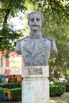ion-bajgoiu-aleea-eroilor-1877-1878-23-de-busturi-si-o-placa-comemorativa-din-giurgiu.jpg