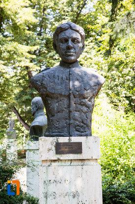 ion-pastia-aleea-eroilor-1877-1878-23-de-busturi-si-o-placa-comemorativa-din-giurgiu.jpg