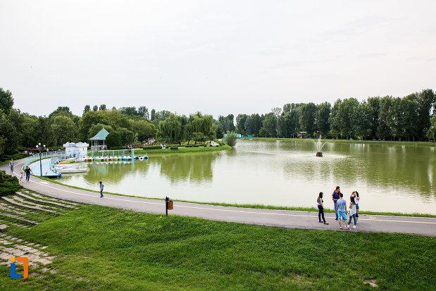 lacul-chindia-din-targoviste-judetul-dambovita.jpg