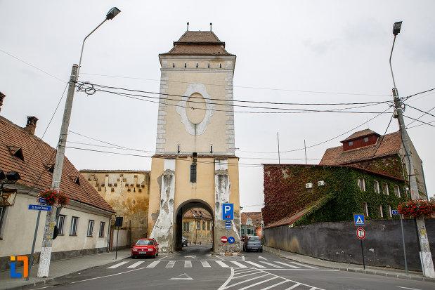 latura-de-nord-turnul-portii-strazii-pietruite-curtine-fragmente-a-cetatii-din-medias-judetul-sibiu.jpg