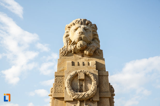 leul-de-pe-monumentul-eroilor-revolutiei-de-la-1848-1849-din-sebes-judetul-alba.jpg
