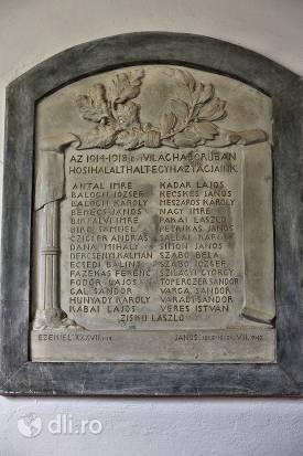 lista-pe-piatra-biserica-reformata-tasnad.jpg