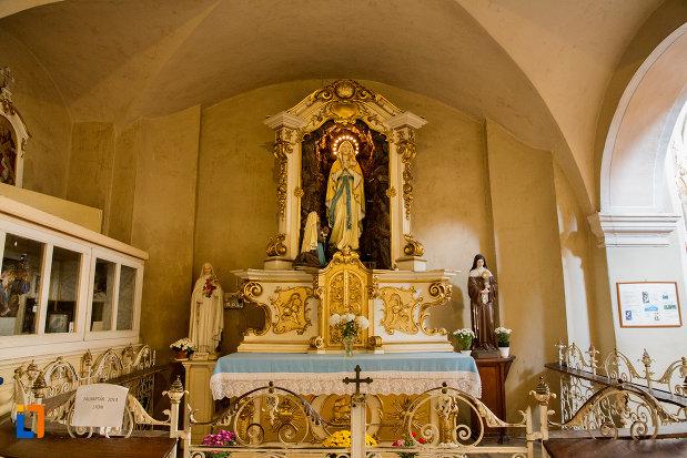 loc-de-rugaciune-biserica-franciscana-din-cluj-napoca-judetul-cluj.jpg