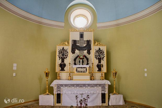 loc-de-rugaciune-biserica-romano-catolica-coborarea-sfantului-duh-din-oradea-judetul-bihor.jpg