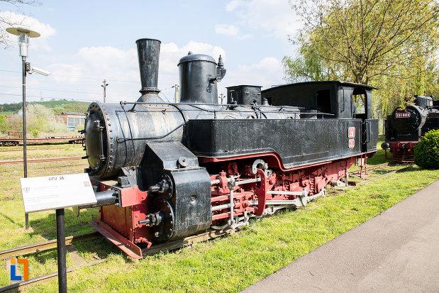 locomotiva-din-muzeul-locomotivelor-cu-aburi-din-resita-judetul-caras-severin.jpg