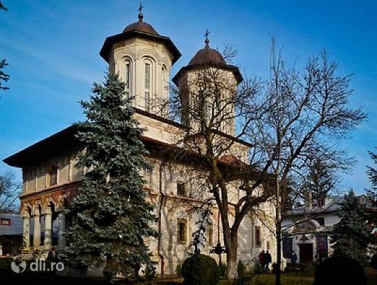 manastirea-balamuci.jpg
