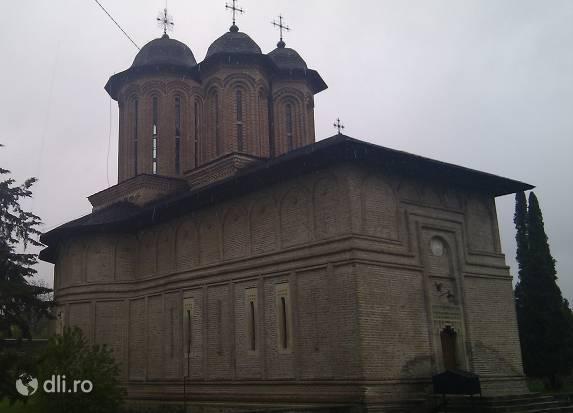 manastirea-brebu.jpg