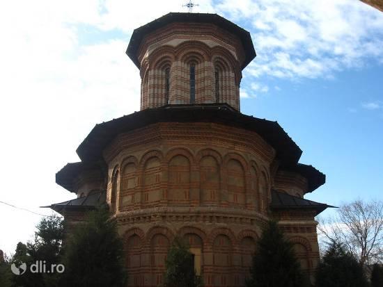 manastirea-cosuna.jpg