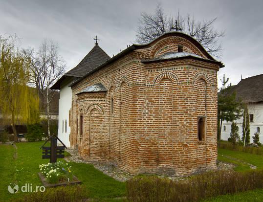 manastirea-cotmeana.jpg