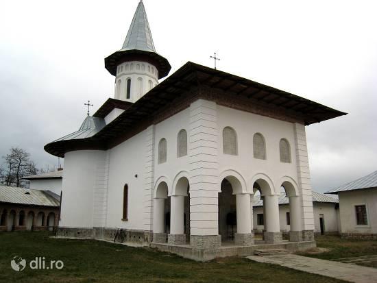 manastirea-glovacioc.jpg