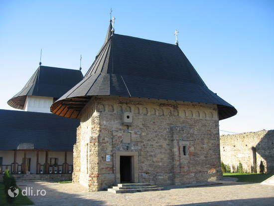 manastirea-hadambu.jpg