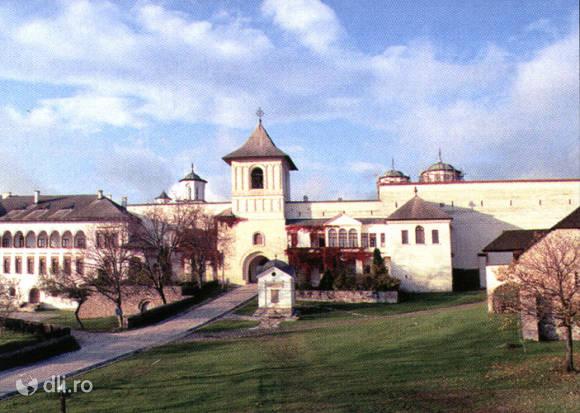 manastirea-horezu.jpg