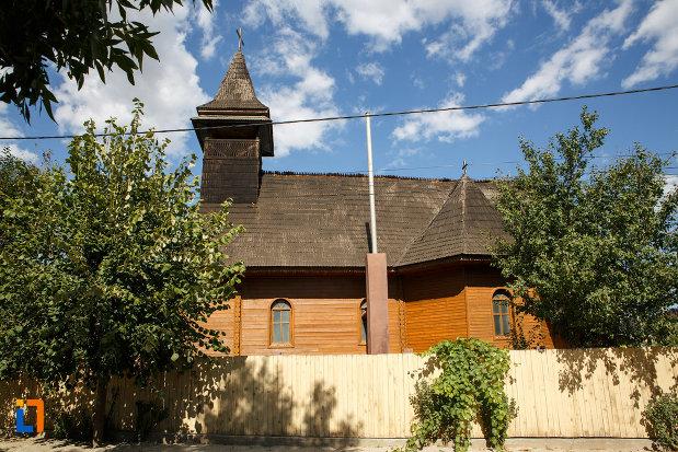 manastirea-macin-judetul-tulcea.jpg