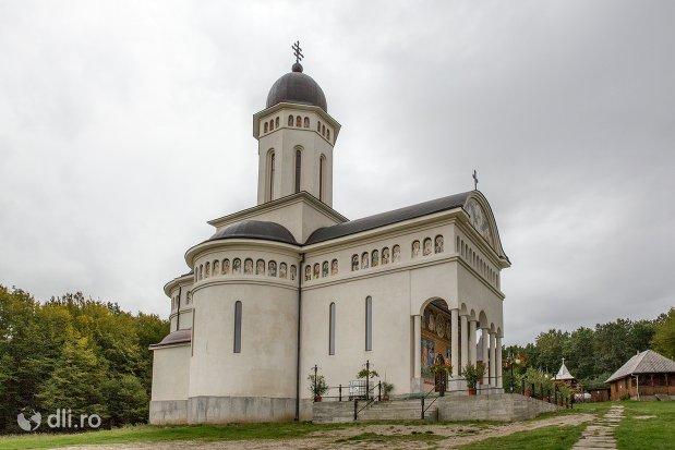 manastirea-marius-judetul-satu-mare.jpg