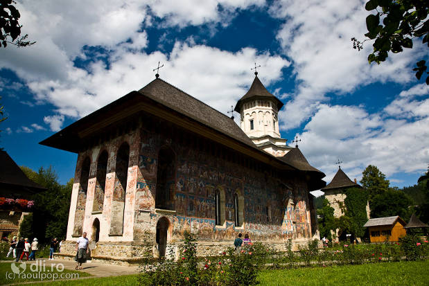 manastirea-moldovita.jpg