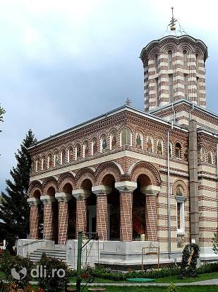 manastirea-samurcasesti.jpg