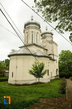 manastirea-segarcea-judetul-dambovita.jpg