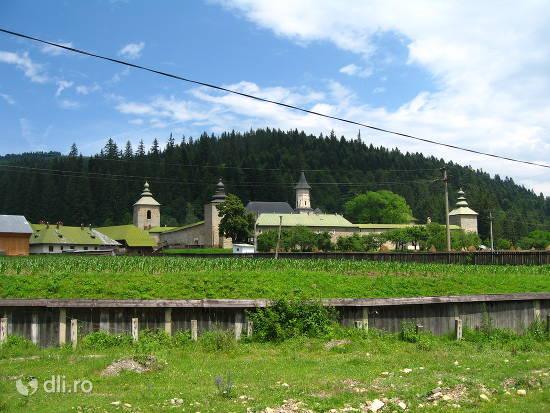 manastirea-slatina.jpg