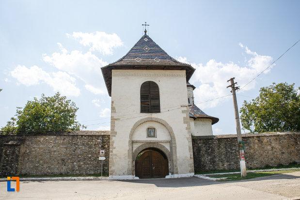 manastirea-solca-judetul-suceava.jpg