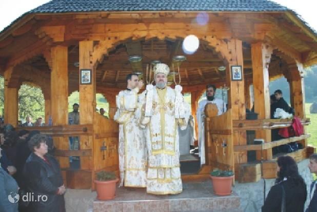 manastirea-stramba.jpg