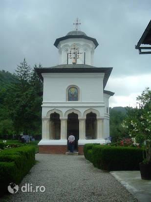 manastirea-surpatele.jpg